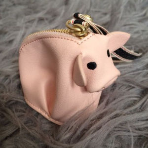 ED By Ellen Designer Mini Pig Zip Coin Purse